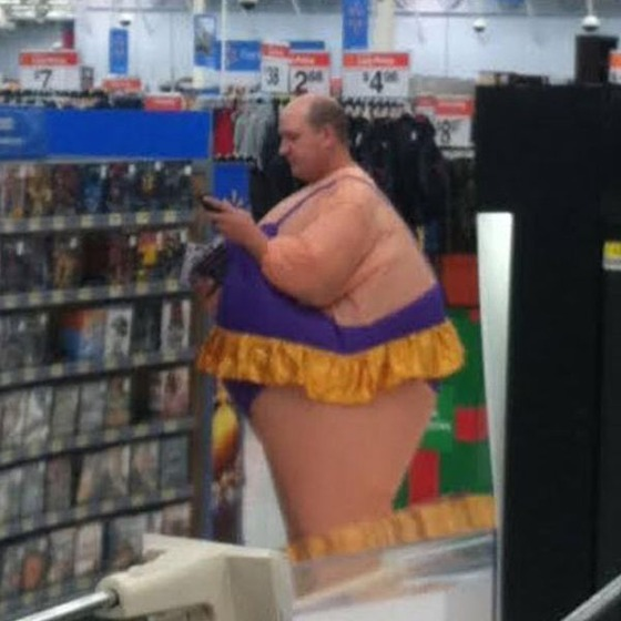 the_people_of_walmart_are_a_kind_of_their_own_640_39