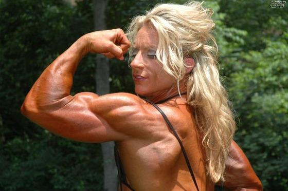 bodybuilding_makes_women_look_like_men_640_21