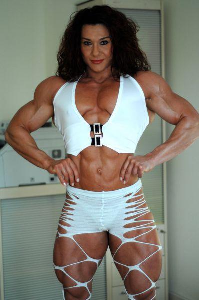 bodybuilding_makes_women_look_like_men_640_39