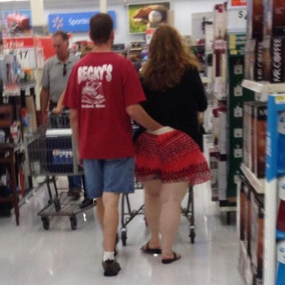 the_people_of_walmart_are_a_kind_of_their_own_640_32