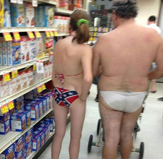 the_people_of_walmart_are_a_kind_of_their_own_640_18