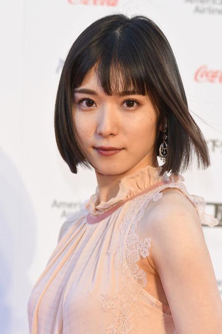 【悲報】松岡茉優さん(23)の可愛さ、広瀬すずを超えてしまう