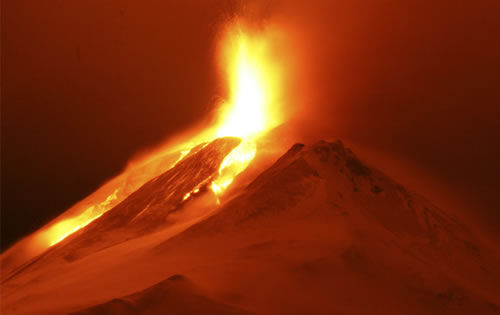 7-pictures-of-active-volcano-of-power01