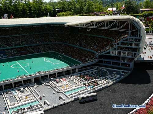 amazing-lego-stadium
