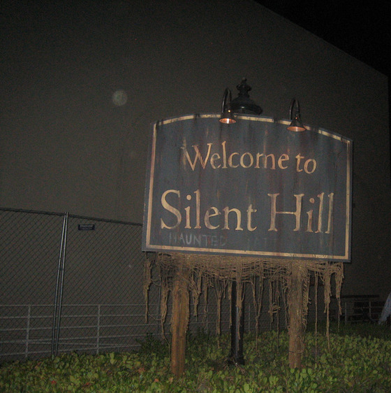 Welcome_to_Silent_Hill_by_photomars_365