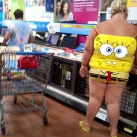the_people_of_walmart_are_a_kind_of_their_own_640_45