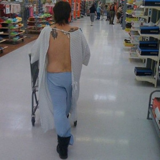 the_people_of_walmart_are_a_kind_of_their_own_640_29