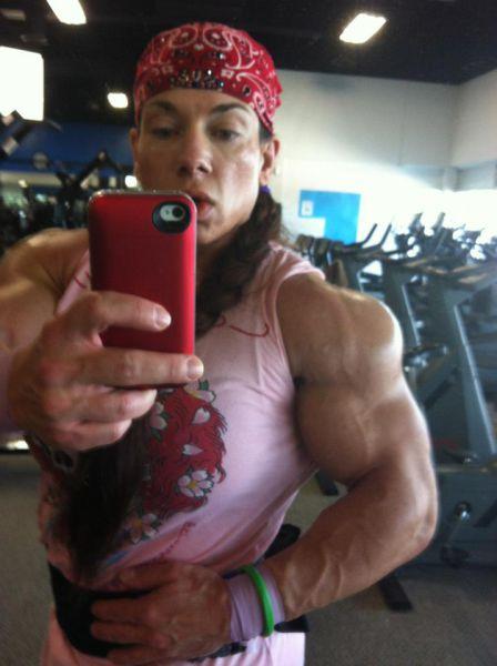 bodybuilding_makes_women_look_like_men_640_27