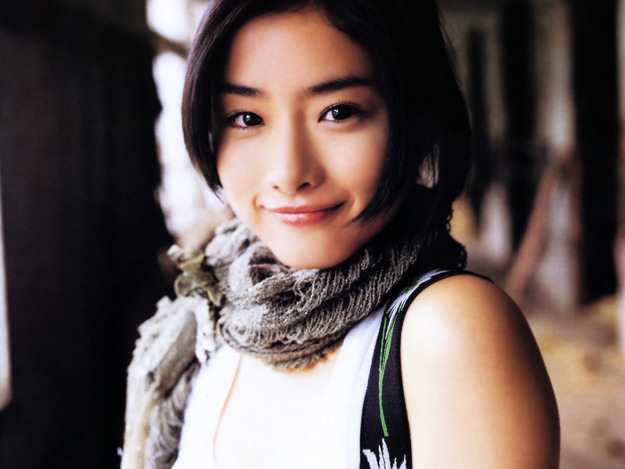 ishihara-satomi-216-159