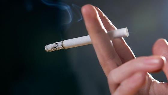 606388-woman-smoking