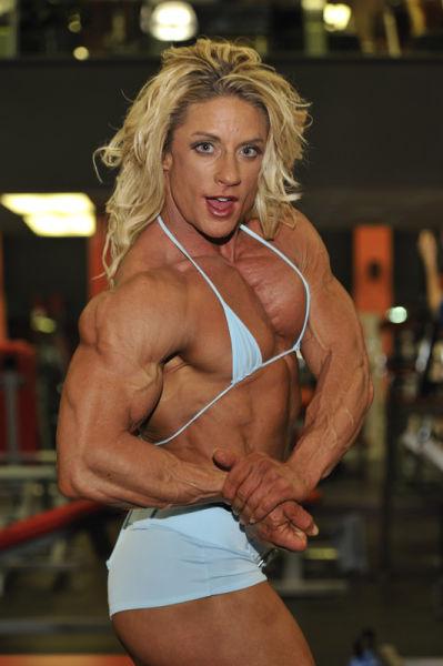 bodybuilding_makes_women_look_like_men_640_29