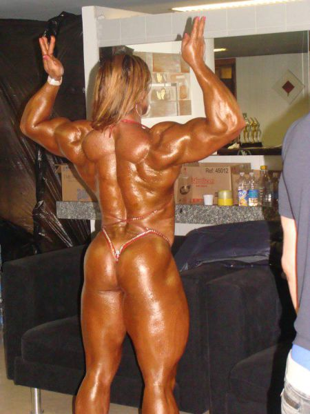 bodybuilding_makes_women_look_like_men_640_38
