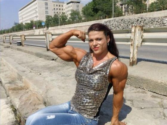 bodybuilding_makes_women_look_like_men_640_15