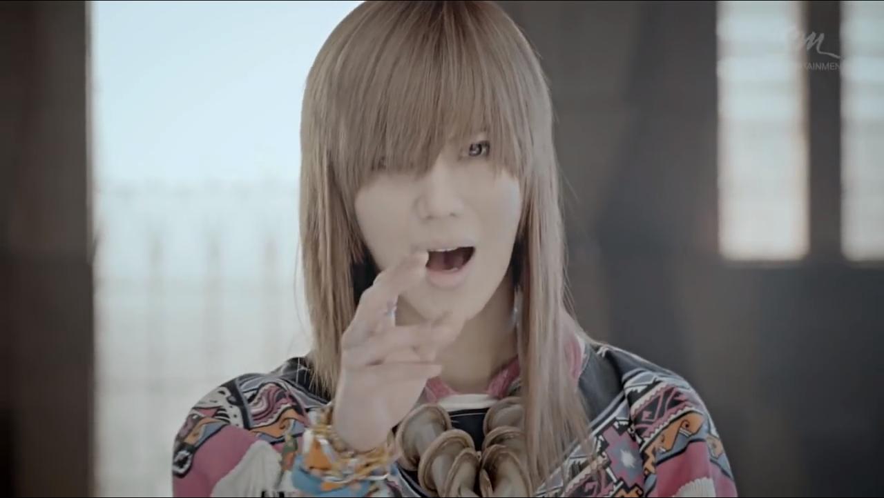 shinee テミン 髪型