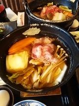 メインの牛すき焼き鍋