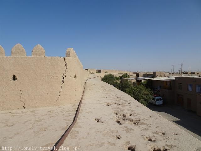 イチャン・カラ 城壁