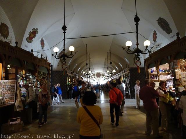 クラクフ中央市場広場