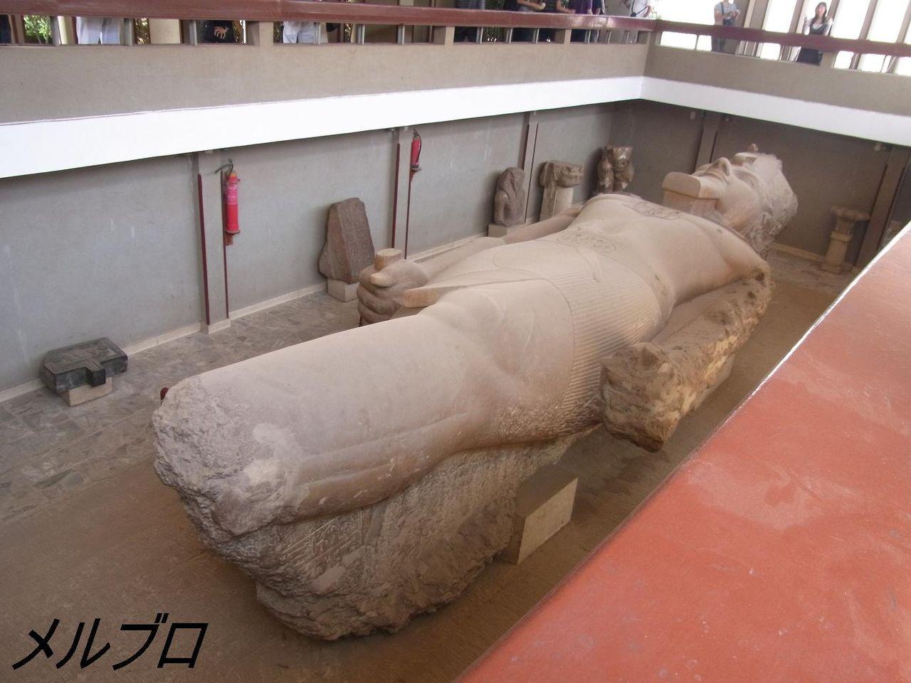 ラムセス2世の巨像3
