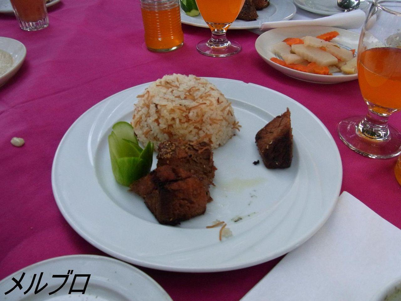 ラム肉のケバブ