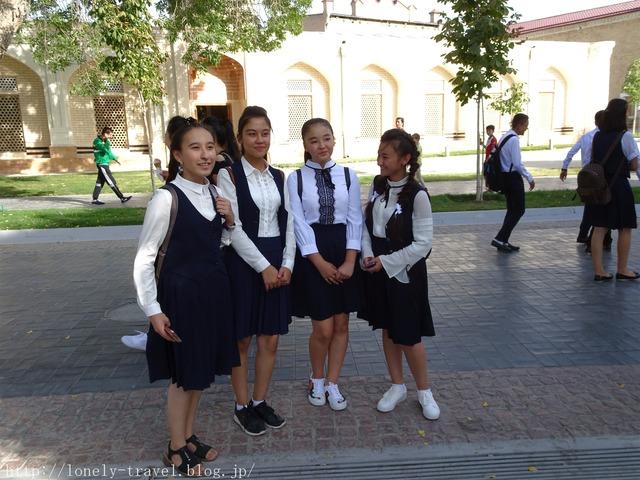 サマルカンドの学校