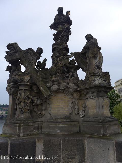 15_聖母と聖ベルナルドス像