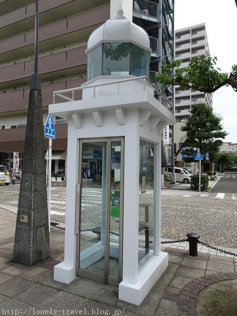 横須賀の電話ボックス