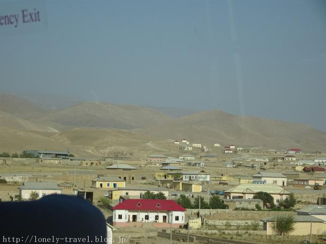 ウズベキスタンの砂漠の街
