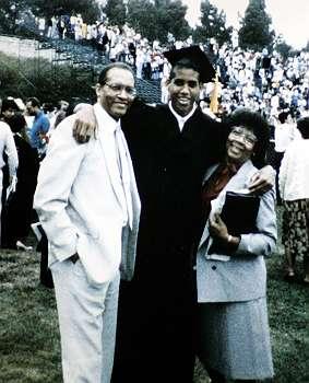 卒業の時両親と