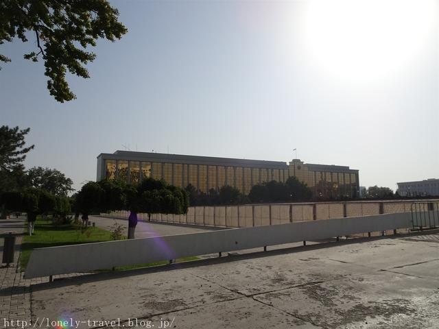 ウズベキスタンの庁舎