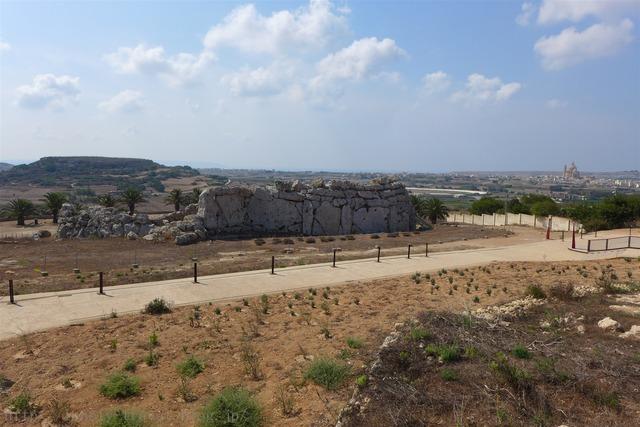ジュガンティーヤ神殿 Ggantija Megalithic Temples