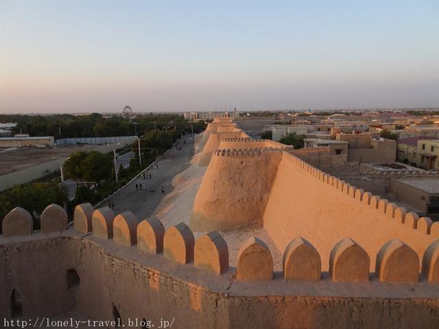 ヒヴァ クフナ・アルク城塞