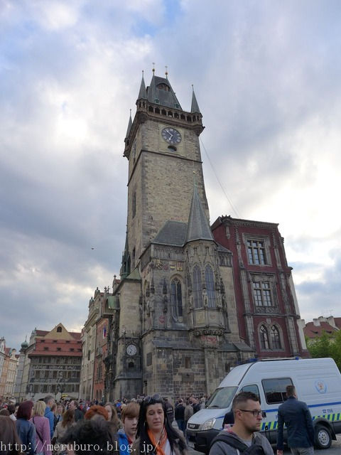 旧市庁舎と天文時計 Old Town Hall and Astronomical Clock