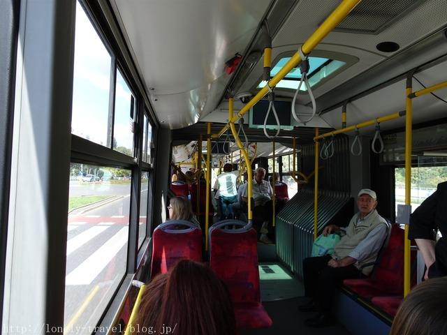 ワルシャワのバス
