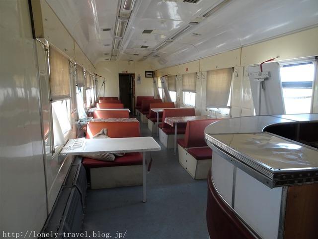 ウズベキスタンの列車