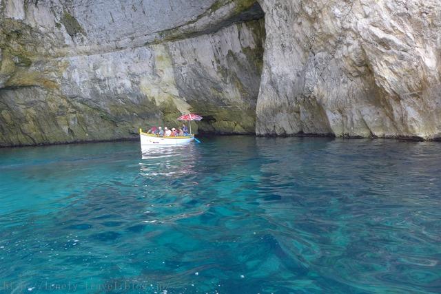 ブルー・グロット(青の洞門) Blue Grotto