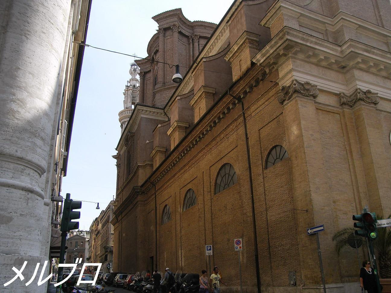 サンタンドレア・デッレ・フラッテ教会 2