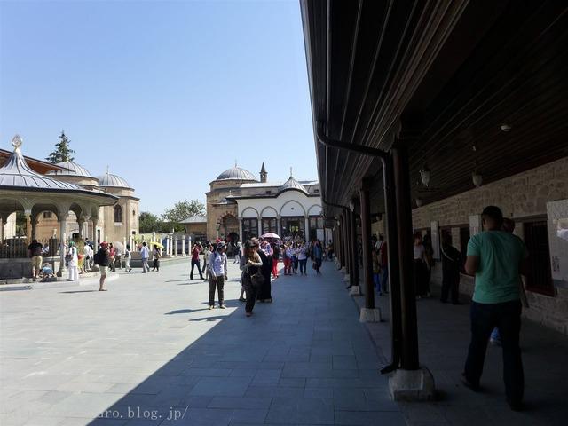 メブラーナ霊廟
