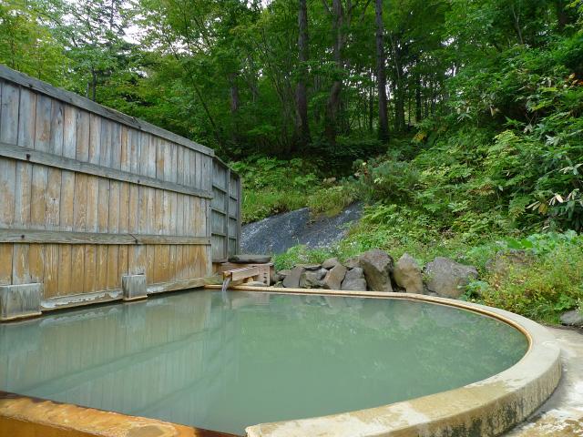 鯉川温泉 露天風呂
