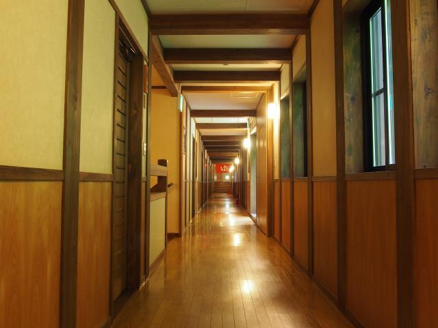 廊下(1)
