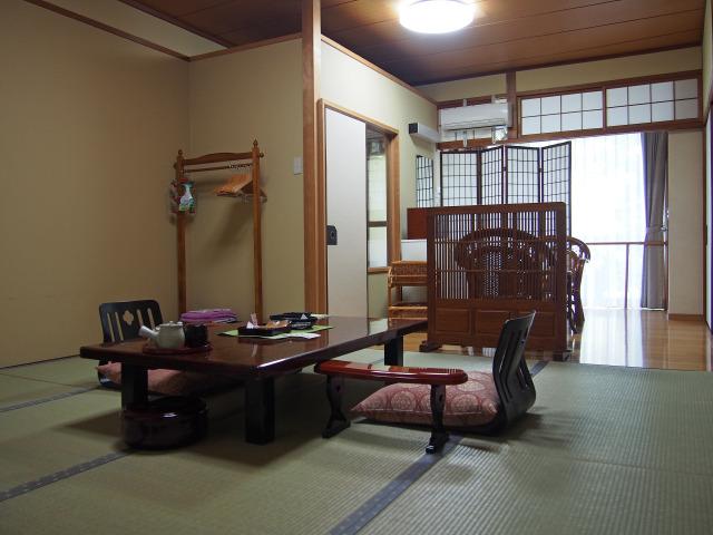 鈍川温泉ホテル 部屋(1)