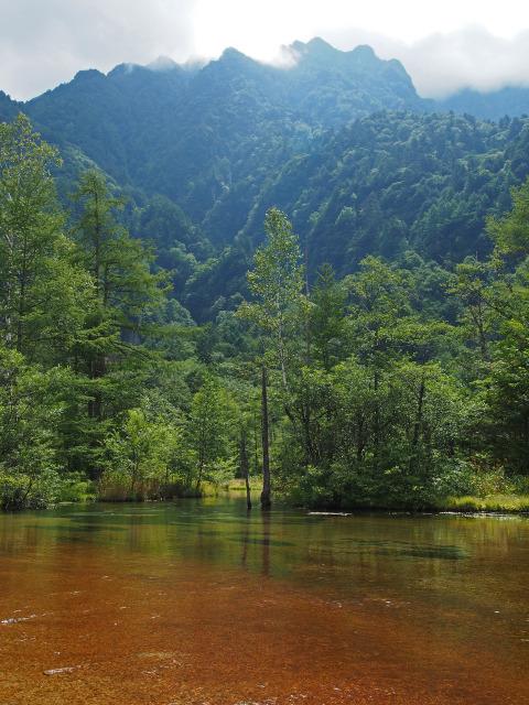 田代池と霞沢岳