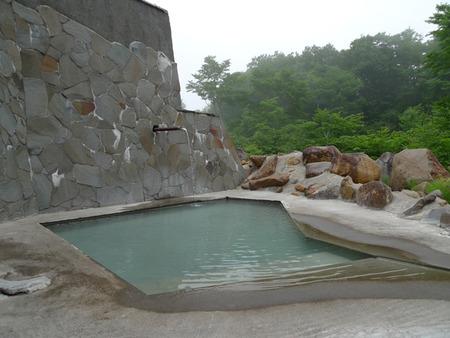 新館 露天風呂(3)