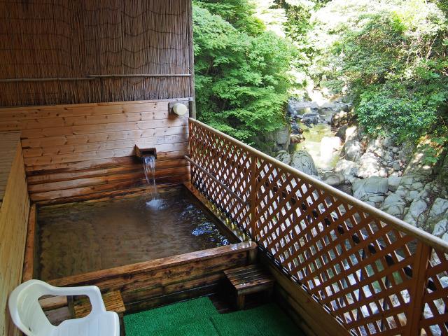鈍川温泉ホテル 露天風呂