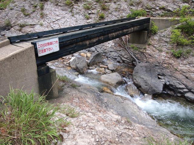 大湯滝へ(2)