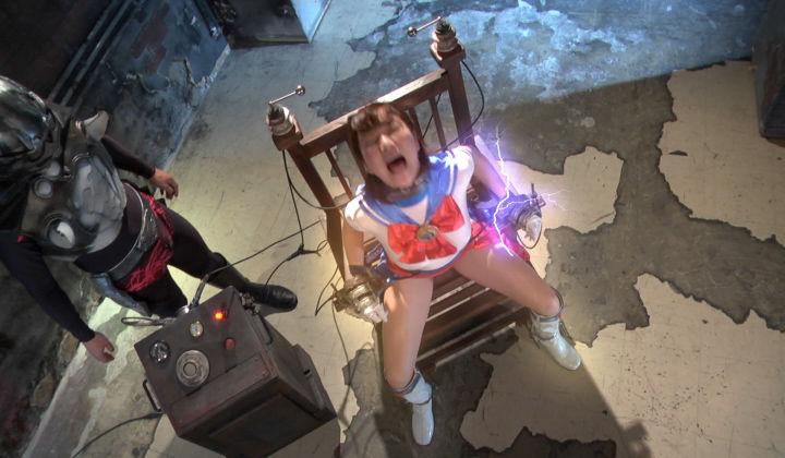 電気椅子32