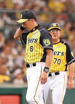 阪神金本監督、DeNAに2位に並ばれ「あと何試合残ってんの」