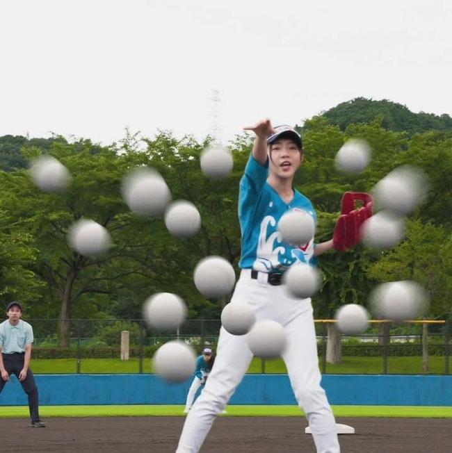 分身魔球 変化球投手女