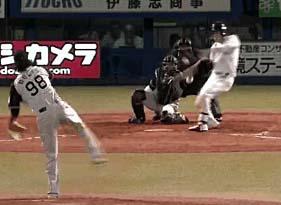 【GIF】昨日の山田哲人の最終打席にドン引きした奴