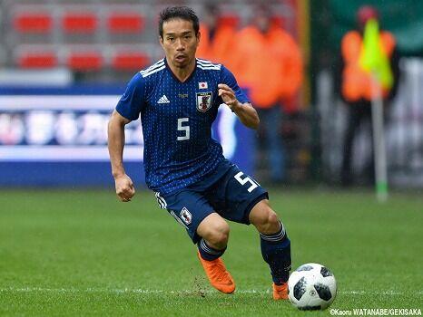 サッカー日本代表さん、長友の後継者が見つからない