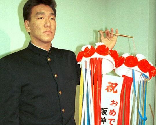 【悲報】巨人に行く阪神ファンの奴は活躍するという風潮www